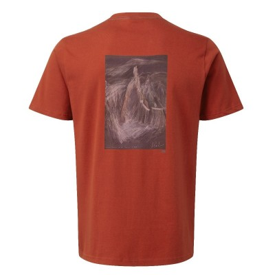 Henna - Vista Posterior - Mountain Equipment Cerro Torre Tee
