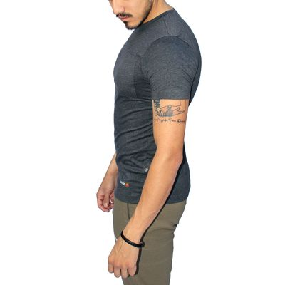 Lateral - Tatoo Camiseta Recharge Hombre