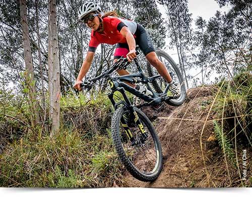Ciclismo de Montaña en el Parque Metropolitano de Quito.