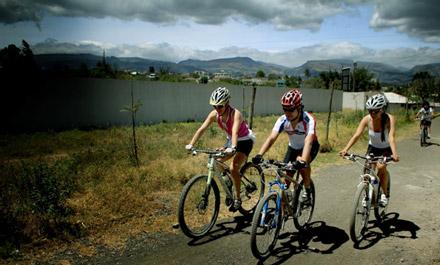 Ciclismo entre Cumbayá y Puembo