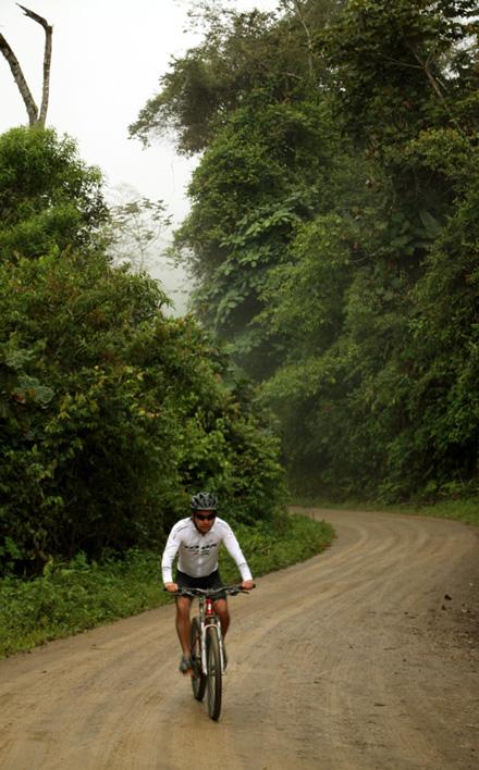 Mountainbiking entre Pacto y Santa Rosa